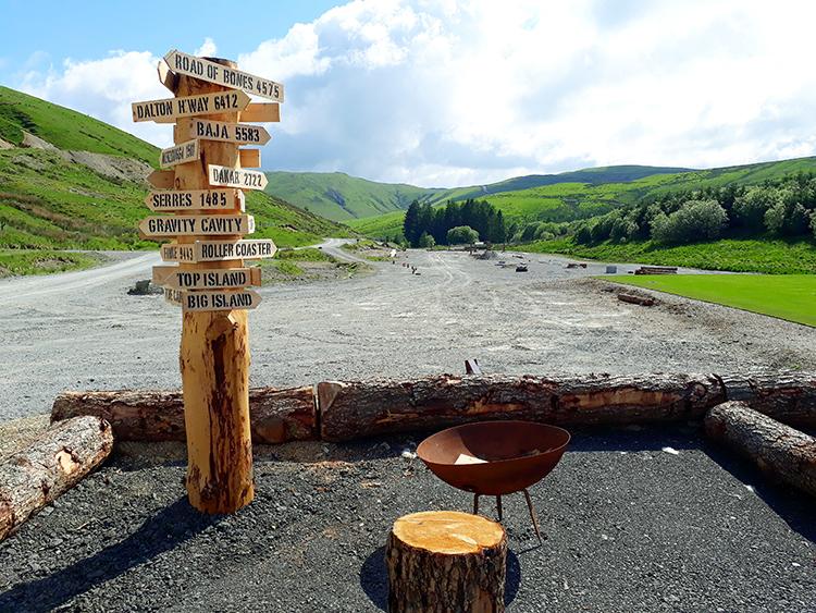 sign+camp
